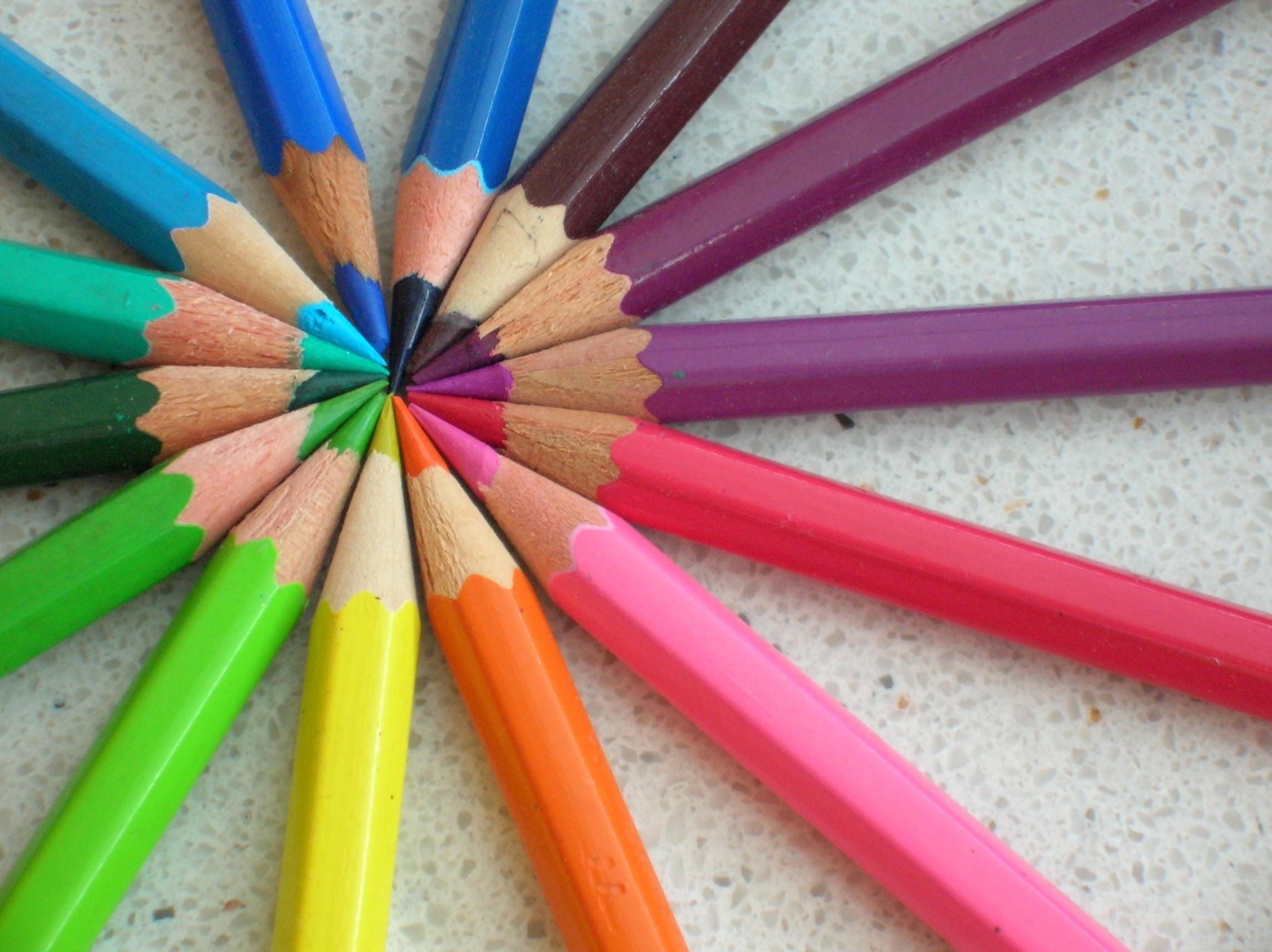 Colored_pencils_chevre